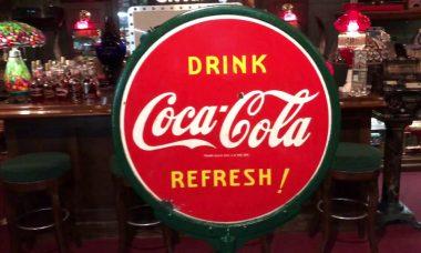 Lollipop-cola-sign