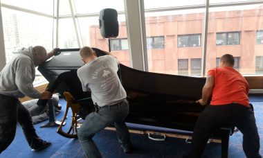 piano movers available